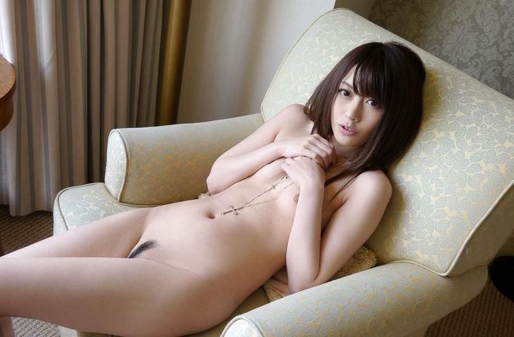 可愛い子の全裸ヌード 19