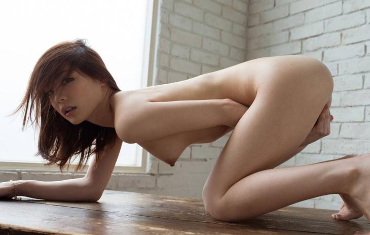 可愛い子の全裸ヌード 44