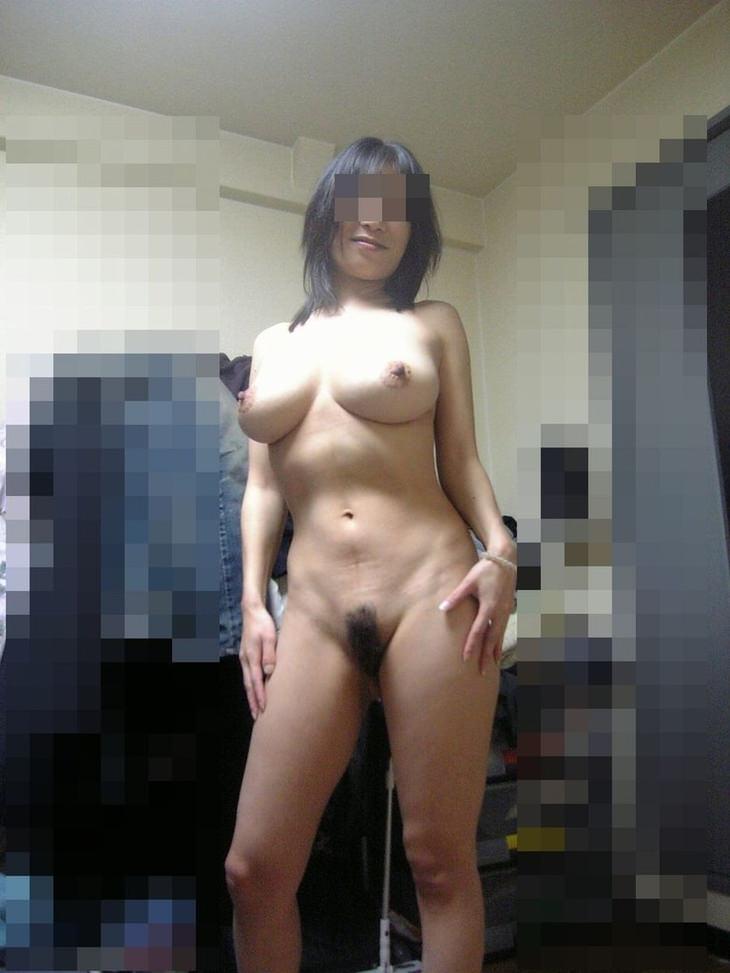 家庭内裸族の素人 22