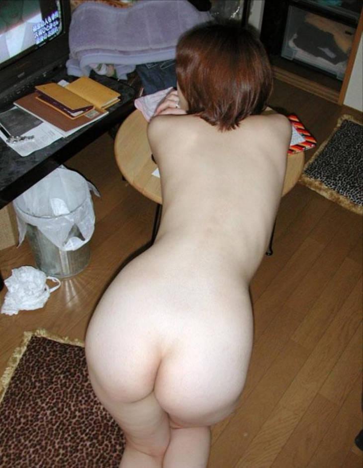 家庭内裸族の素人 48