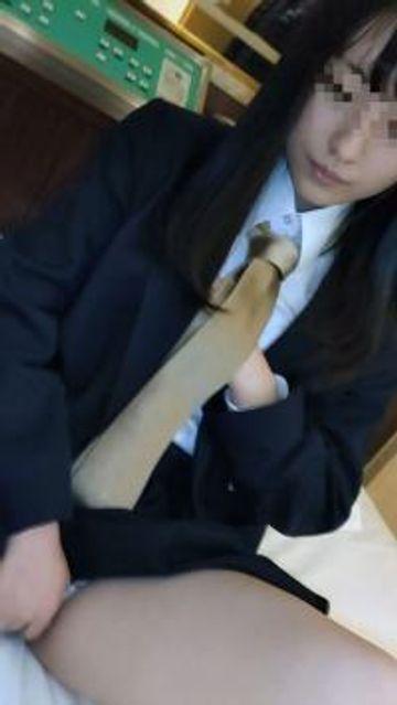 FC2-PPV-1643130 【個撮】県立普通科②色白黒髪ロングの優等生。塾の先生にハメ撮りされる。