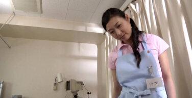 私だってまだまだしたい 施設でハメる熟女ヘルパー 麗奈38歳
